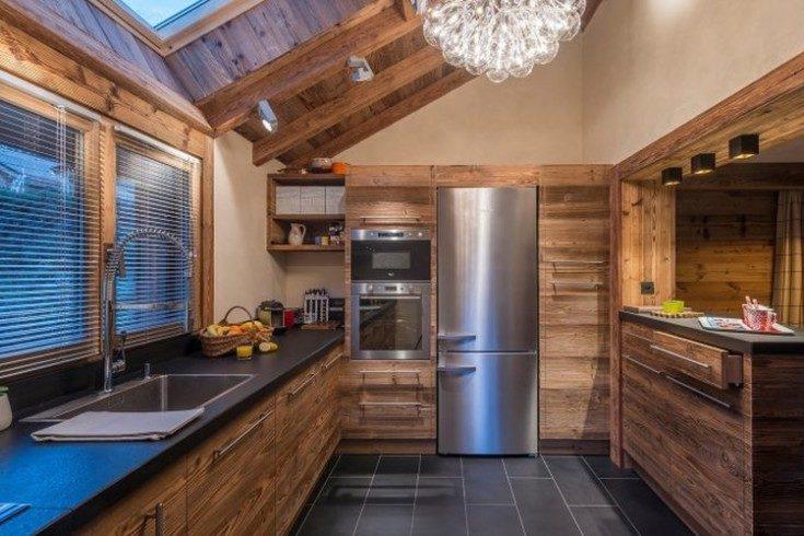 Дизайн кухни в частном доме примеры с фото