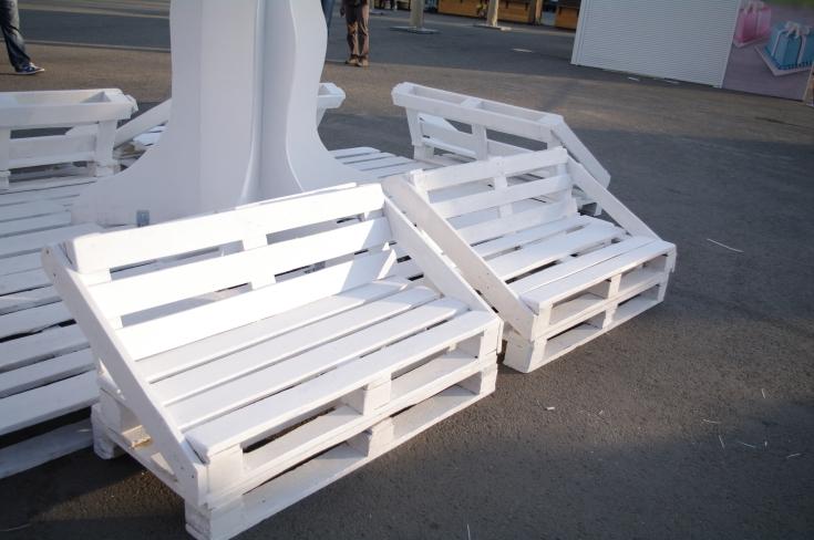 Скамейки из поддонов
