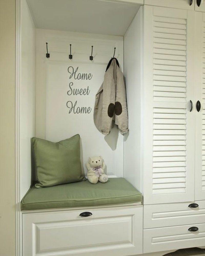 40 фото белая мебель (шкафы) в интерьере прихожей