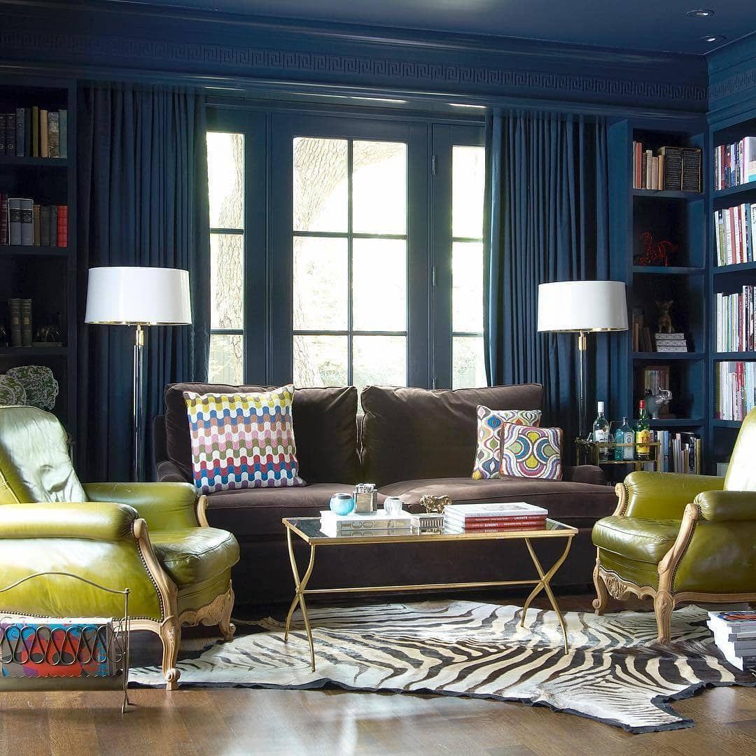 (+65 фото) Коричневый цвет в интерьере гостиной фото