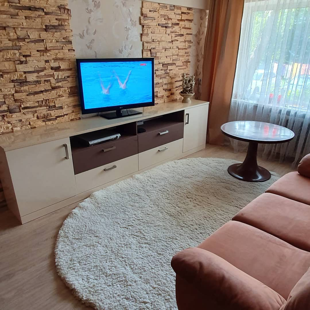 (+65 фото) Комод в интерьере гостиной
