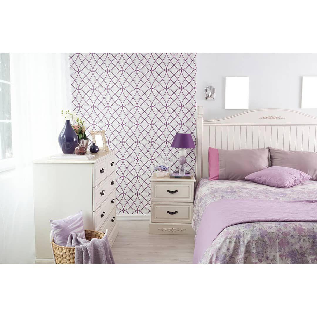 (+55 фото) Интерьер спальни комбинированные обои