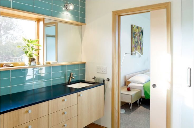 (+65 фото) Двери беленый дуб в интерьере квартиры фото