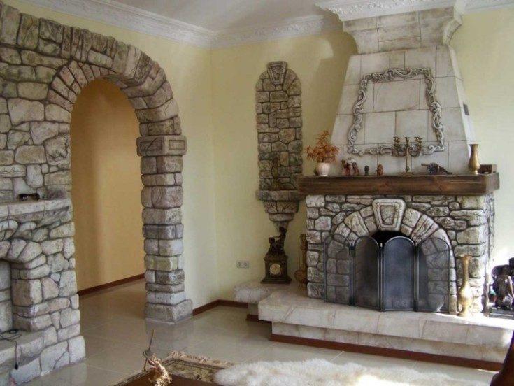 Внутренняя отделка под камень в разных комнатах