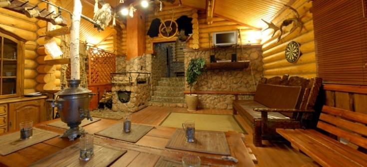Комната отдыха в бане на даче