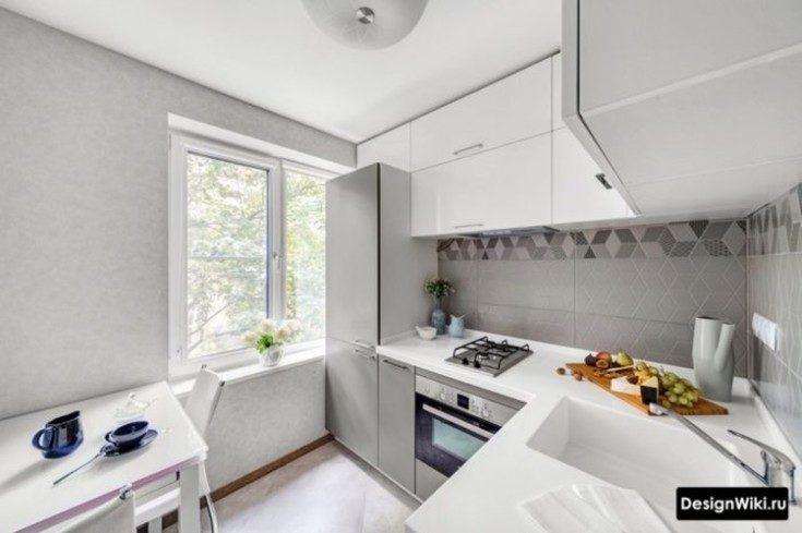 Интерьер дизайн кухни без верхних навесных шкафов