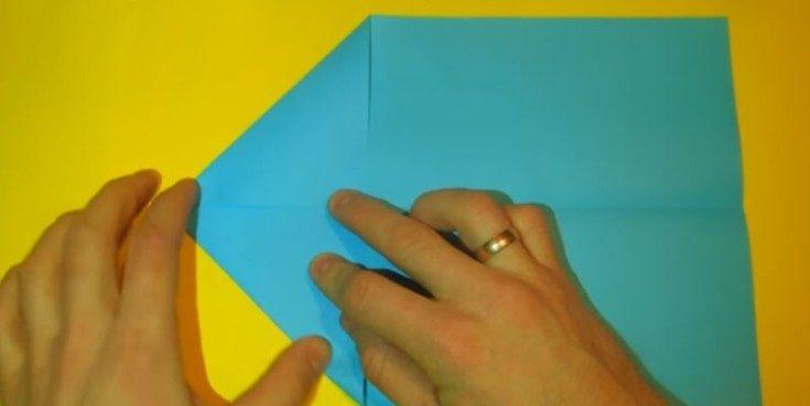 Cамолетик из бумаги своими руками для детей