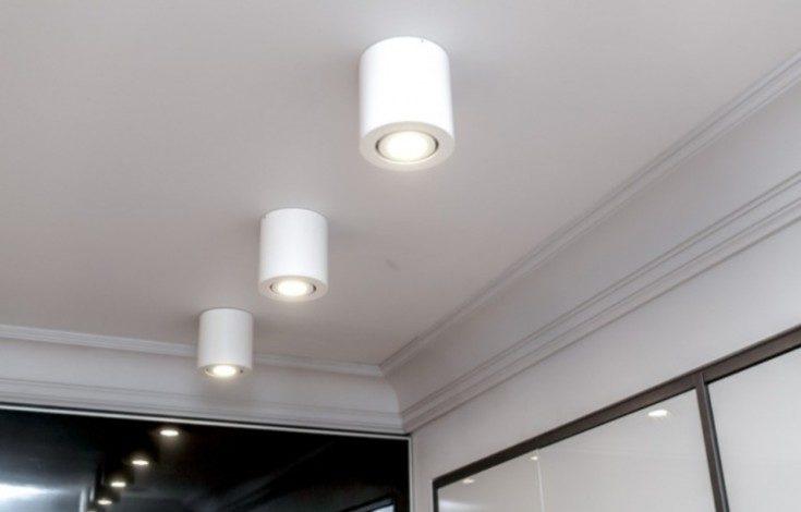 Точечные светильники в интерьере 45 фото